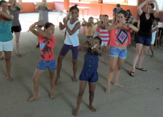 abriendo mentes israeli dancing